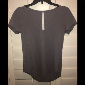 Lululemon short sleeve shirt